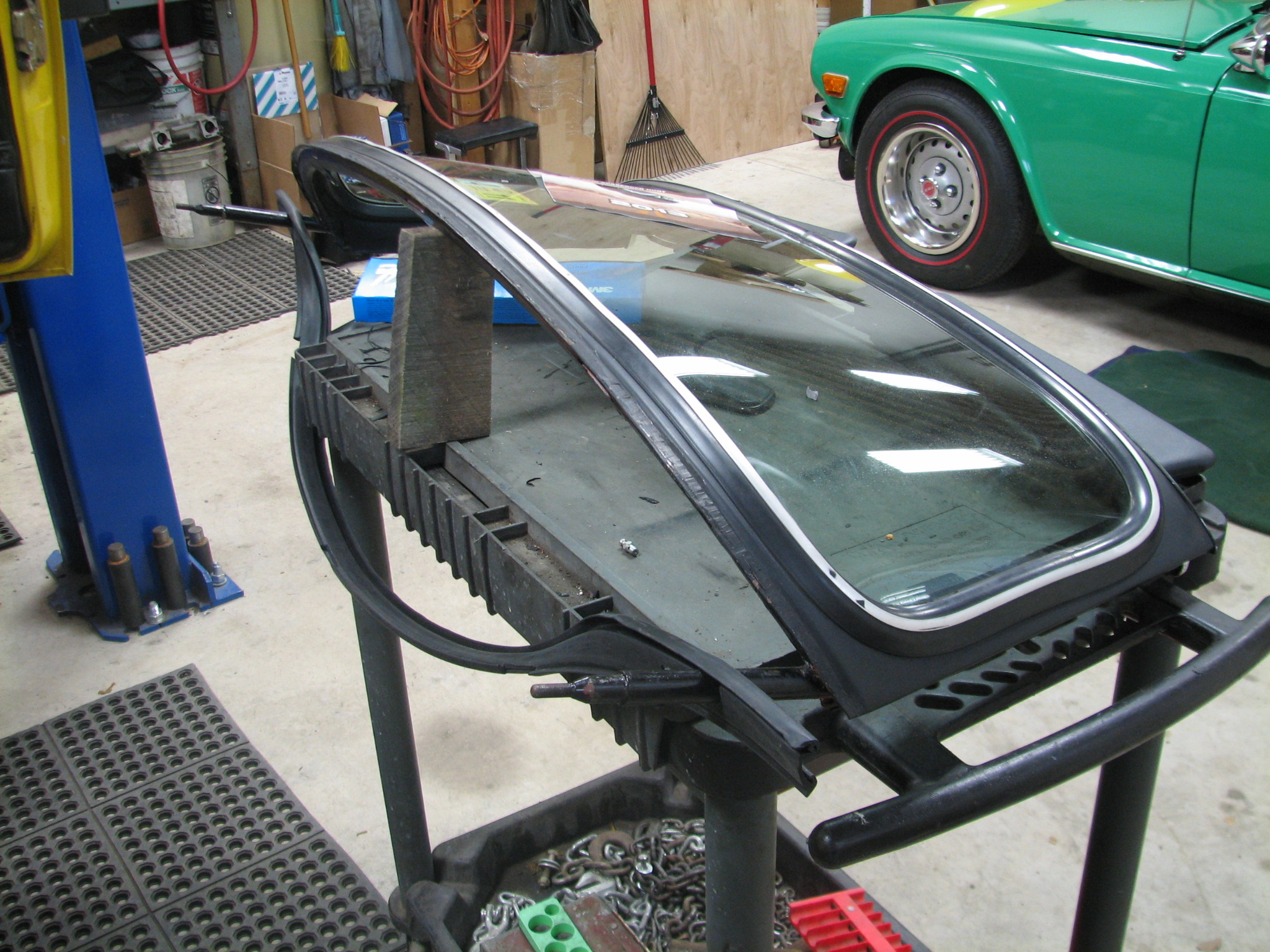 Maxresdefault besides Yb additionally Maxresdefault furthermore Maxresdefault as well Img. on windshield wiper motor replacement